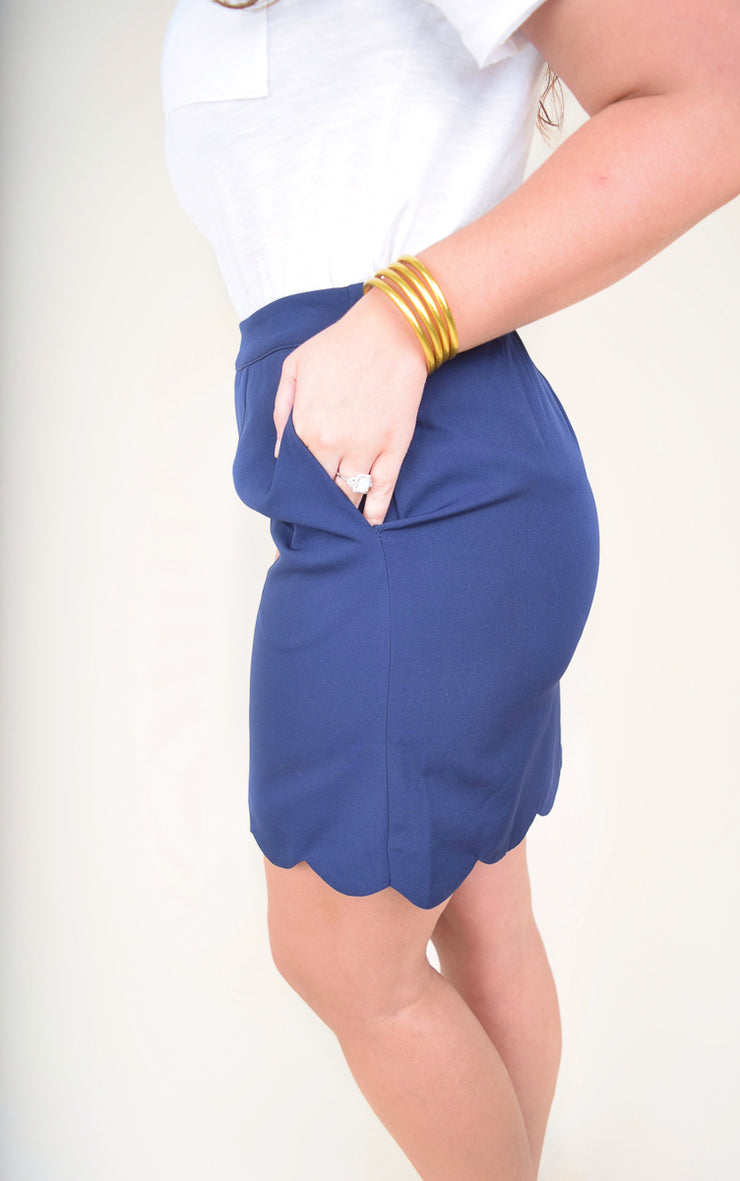 Scallop Edge Hem Skirt w/ Elas - The Willow Tree Boutique