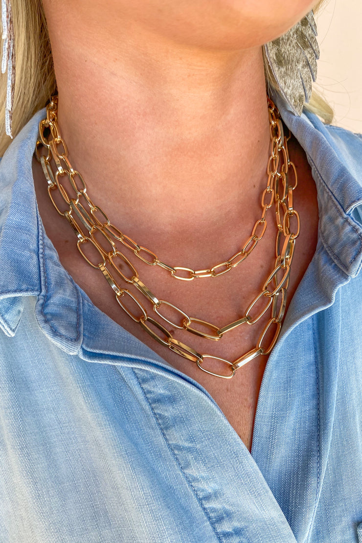Season Of Joy Layered Chain Gold Necklace