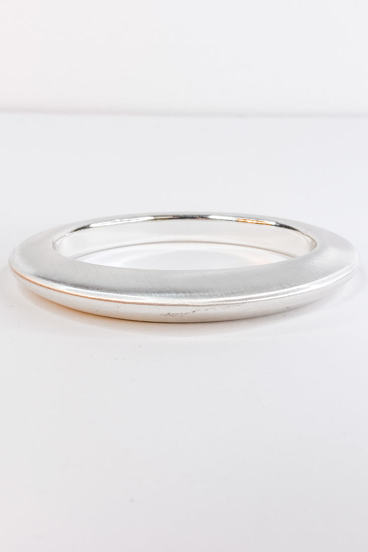Sasha Satin Silver Bangle