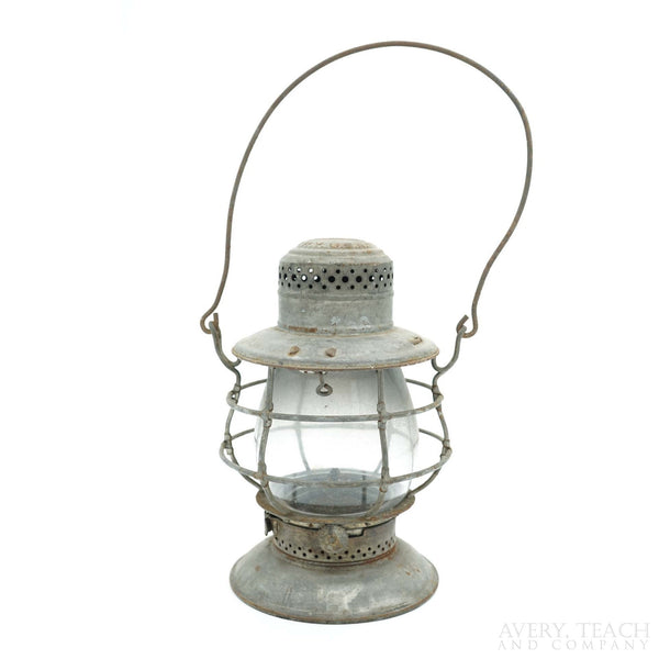 Antique Dietz No. 39 Standard New York Bell Bottom Railroad/Train Lantern