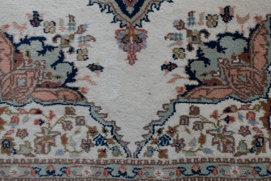 4x6 Ivory Wool Carpet