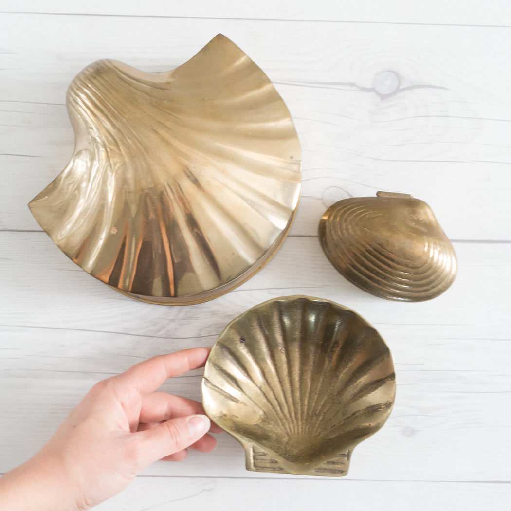Vintage Brass Clam Shell Box