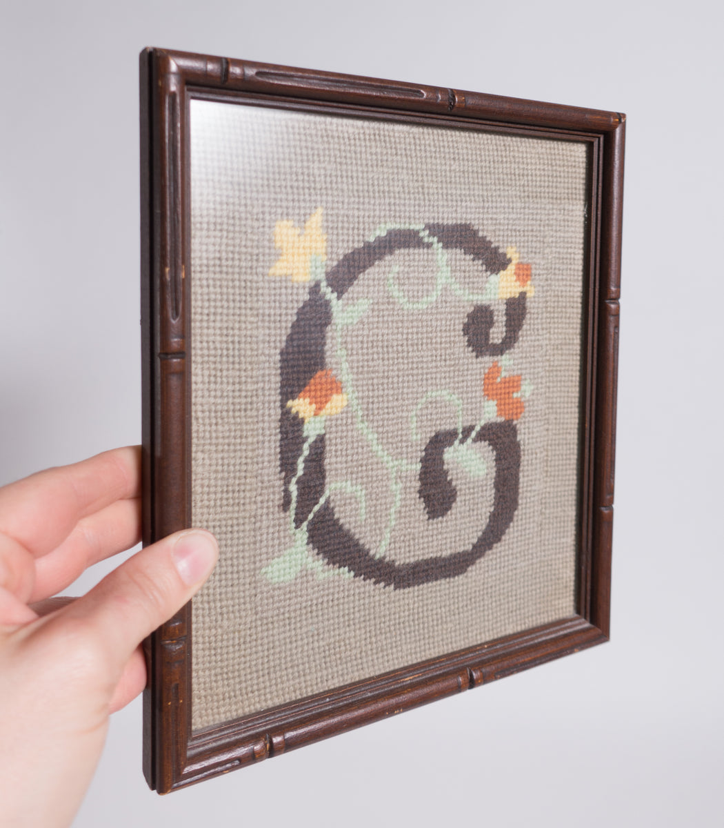 Vintage Initial G Cross Stitch | Letter G Needlework