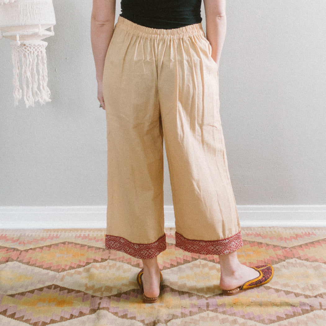 Vintage Beige Thai Short Pants