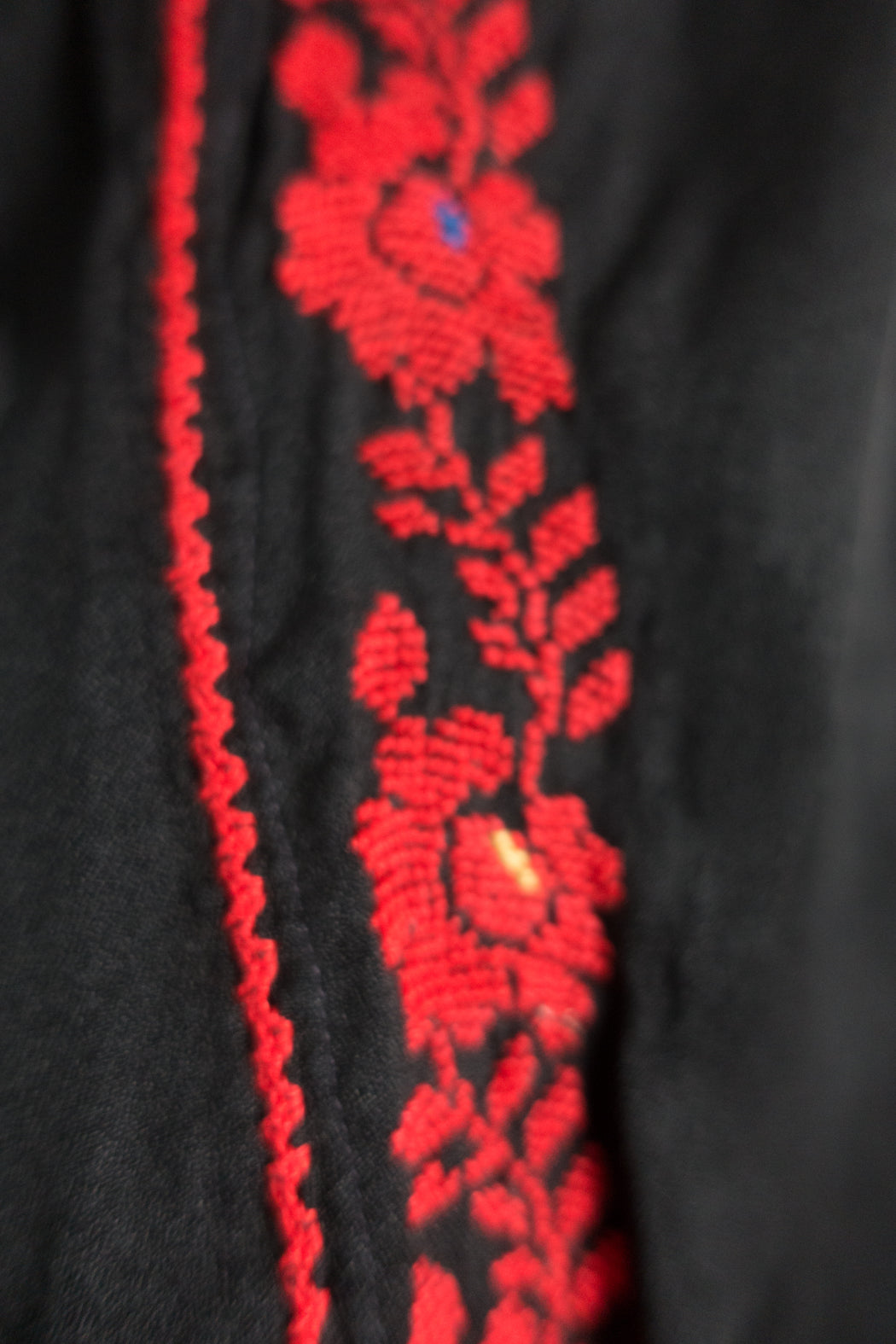 Vintage Palestinian Thob Black and Red Cross Stitched Kaftan