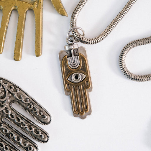 Vintage Hamsa Necklace | 70s Mexican Modernist Design
