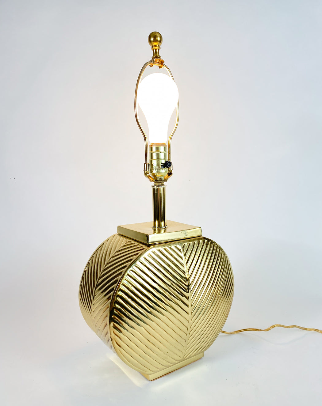 Vintage Brass Table Lamp | 1980s Gold Decor