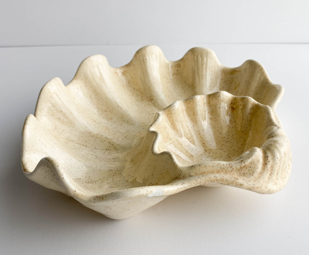 Vintage Cream Scallop Shell Tray | Ceramic Shell Dish