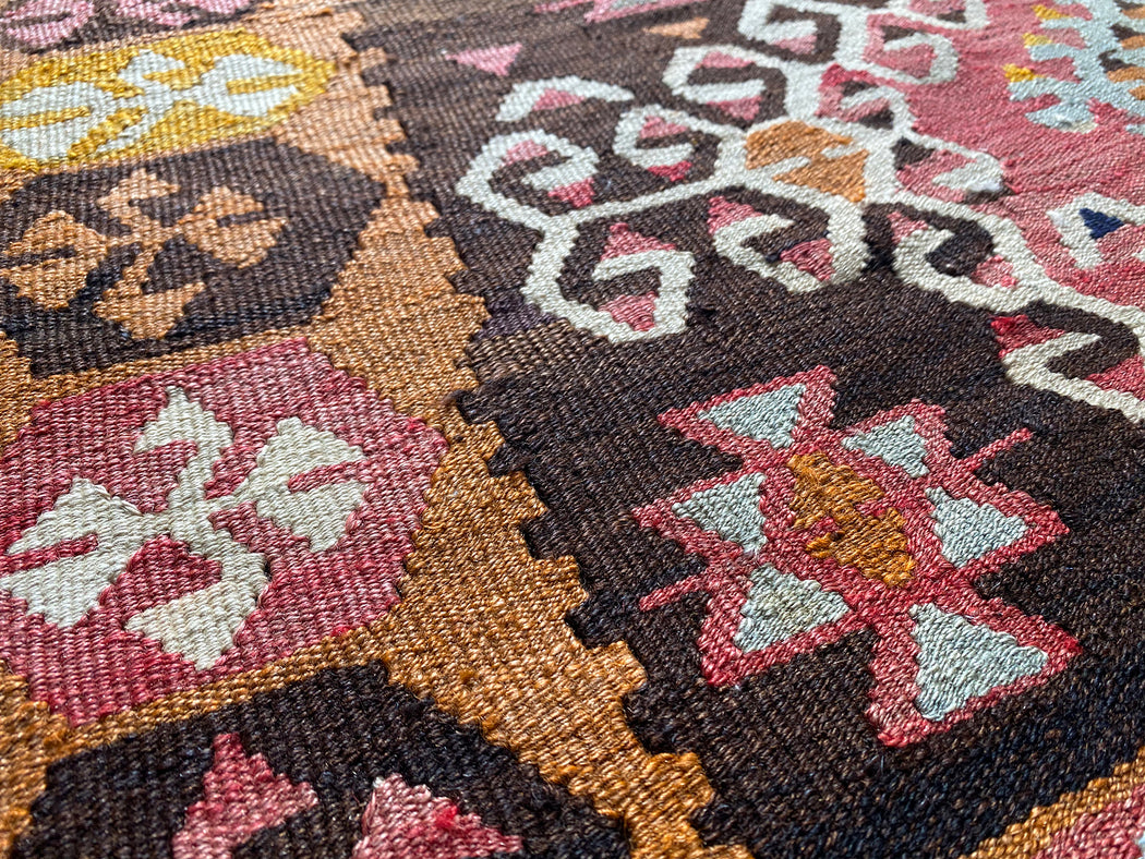 "3' 4"" x 4' 5.5"" Vintage Turkish Kilim Rug"