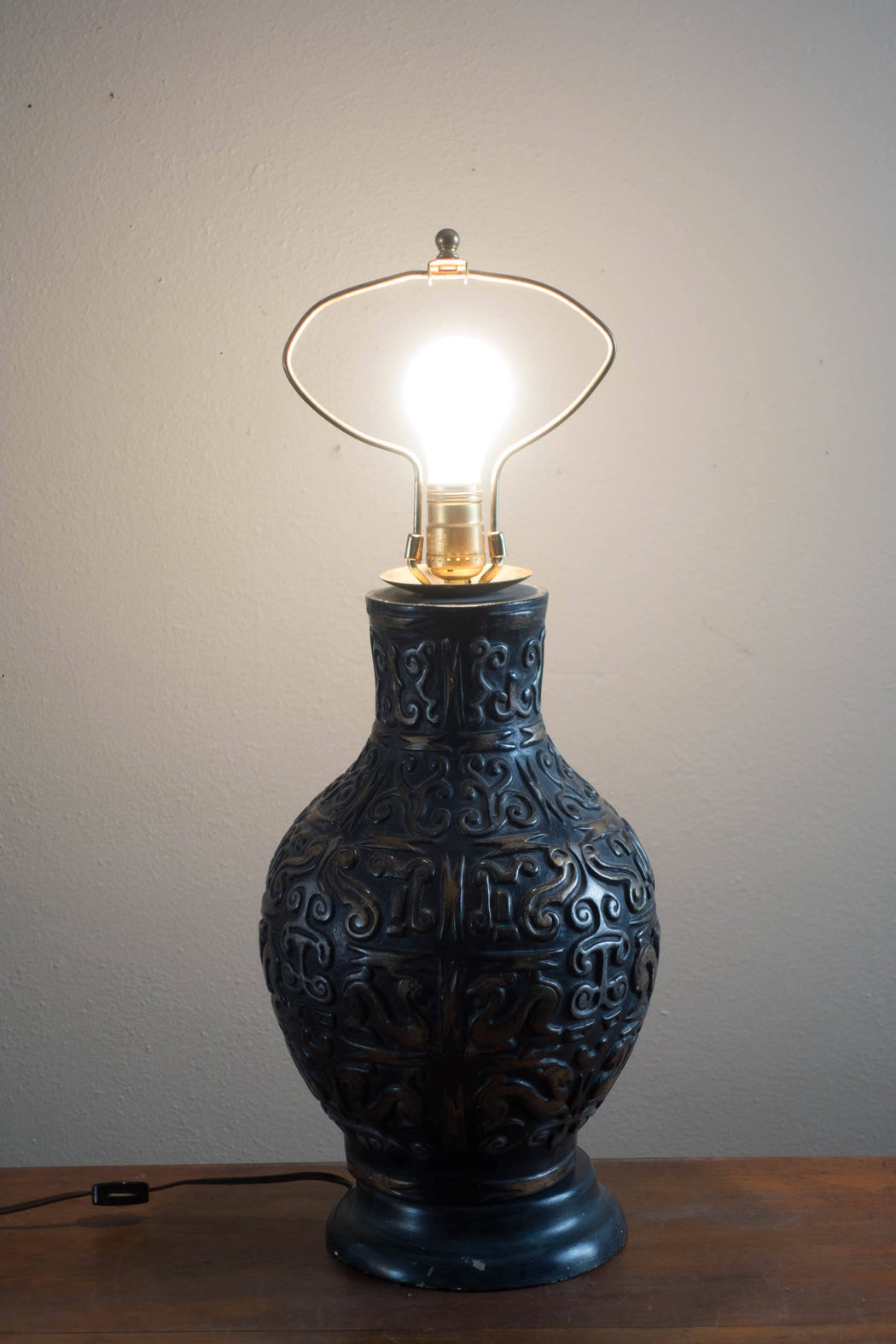 Vintage James Mont-style Ceramic Table Lamp