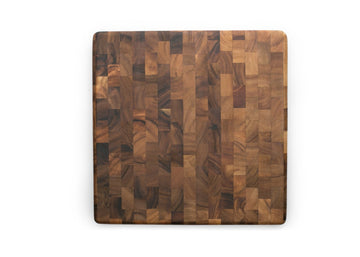 IRONWOOD Square Acacia Cutting Board