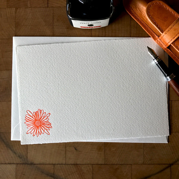 image of string flower letterpress flat note card in tigerlily