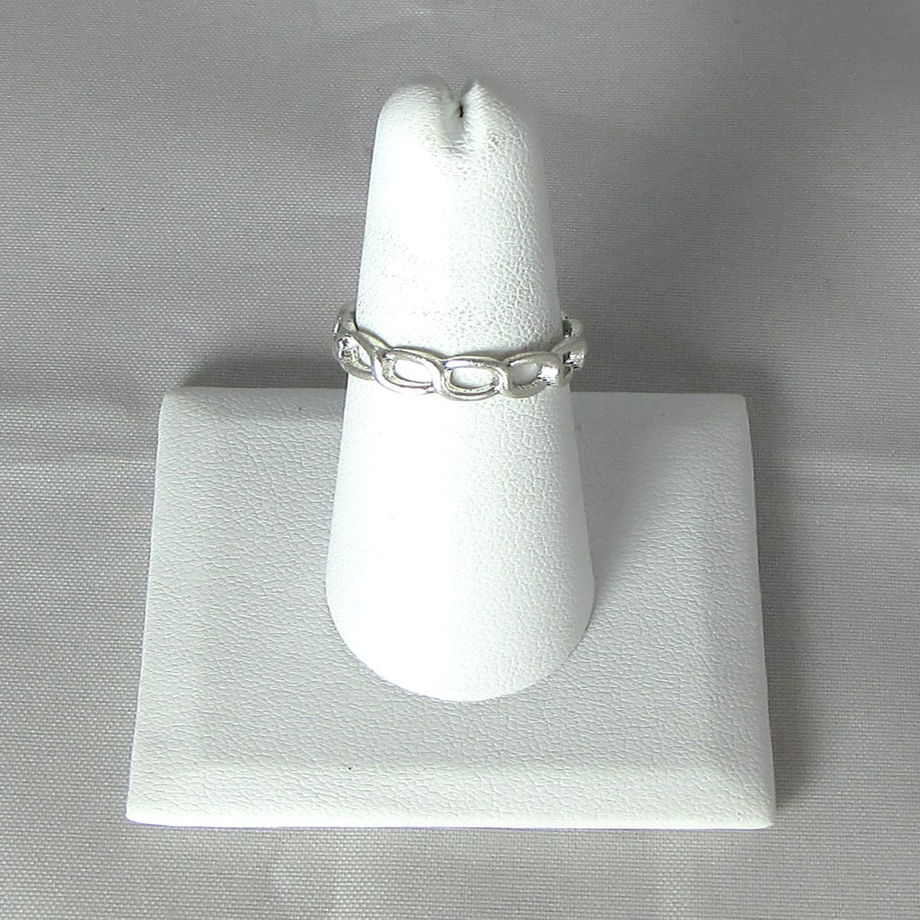 Banded Link Rings