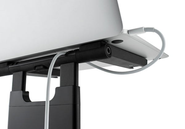 Keep up to 4 power and data cables tidy by clipping them into the integrated cable management in the Tiny Tower Stand.
