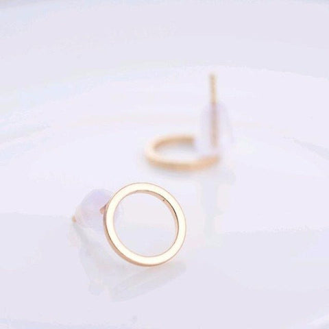 Earrings - Simple Circle Stud Earrings: Black, Gold Or Silver
