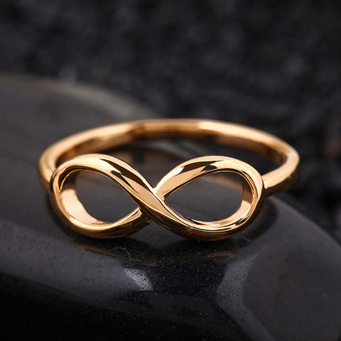 Ladies Gold Infinity Ring: 4 Sizes