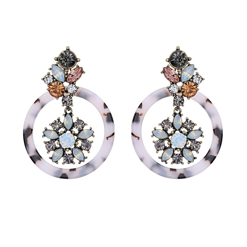 Amirah Earrings - Grey