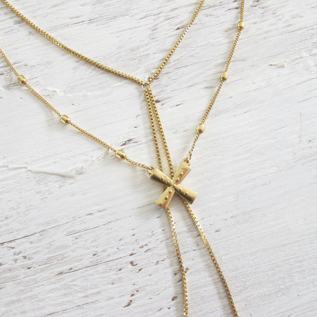 Meet in the Middle Necklace - Gold