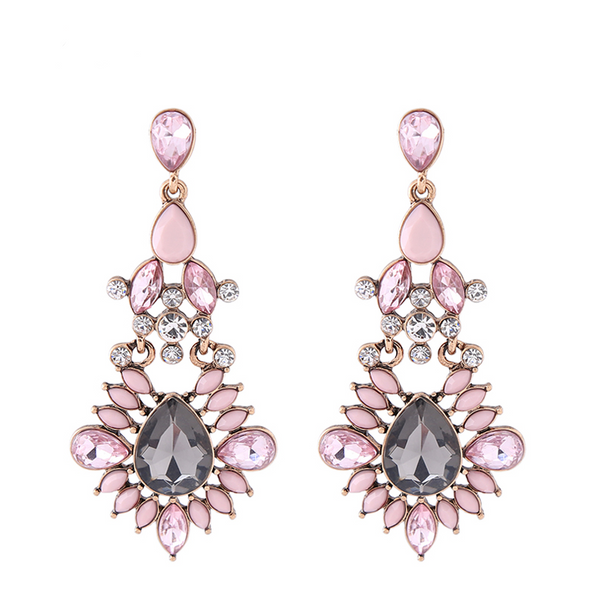 Sweet Thing Earrings - Baby Pink