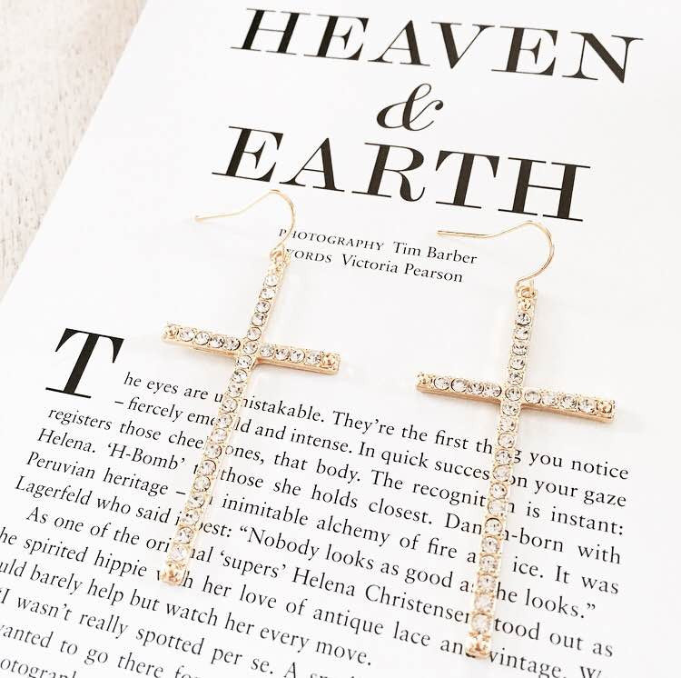 Heaven on Earth Earrings - Gold