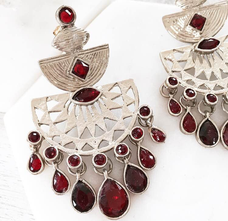Secret Story Earrings - Red