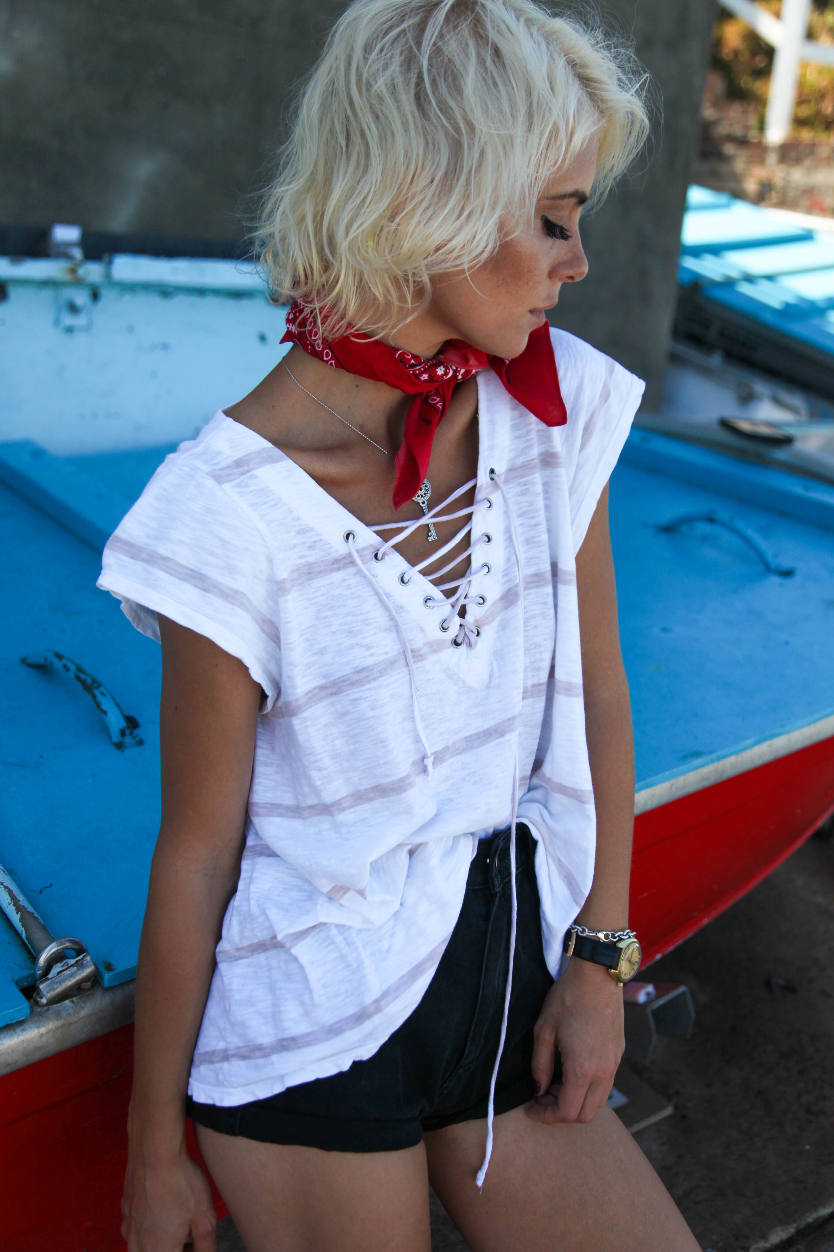 SAILORS LACE FRONT TEE