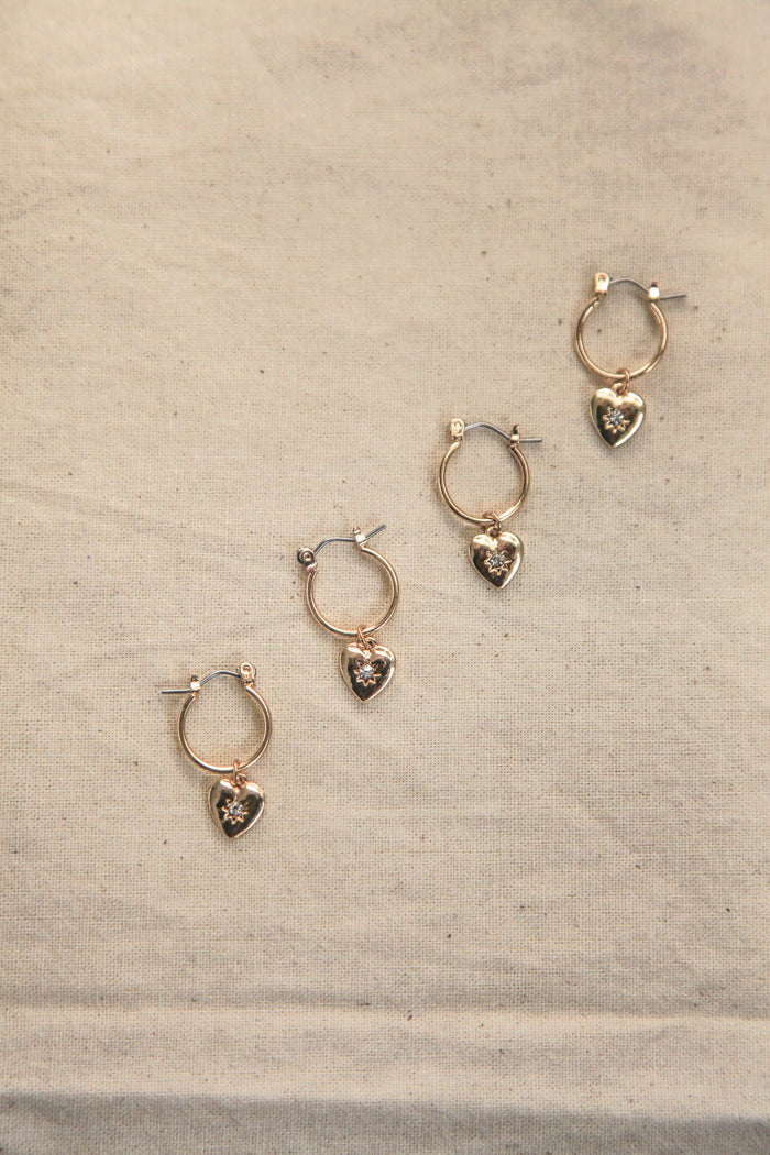 LOVER HEART EAR RINGS
