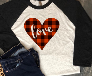 Valentine's Day Shirt: Heart with love