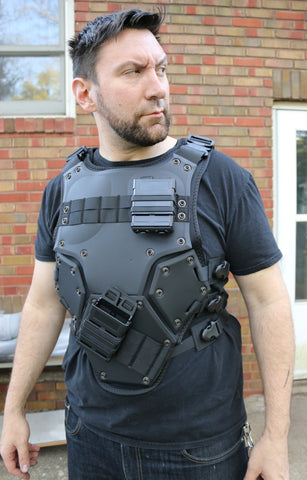 Tactical Vest - Wulfgar Weapons & Props