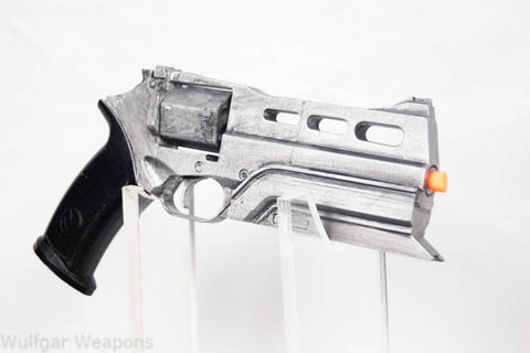 Future World Magnum Revolver - Wulfgar Weapons & Props