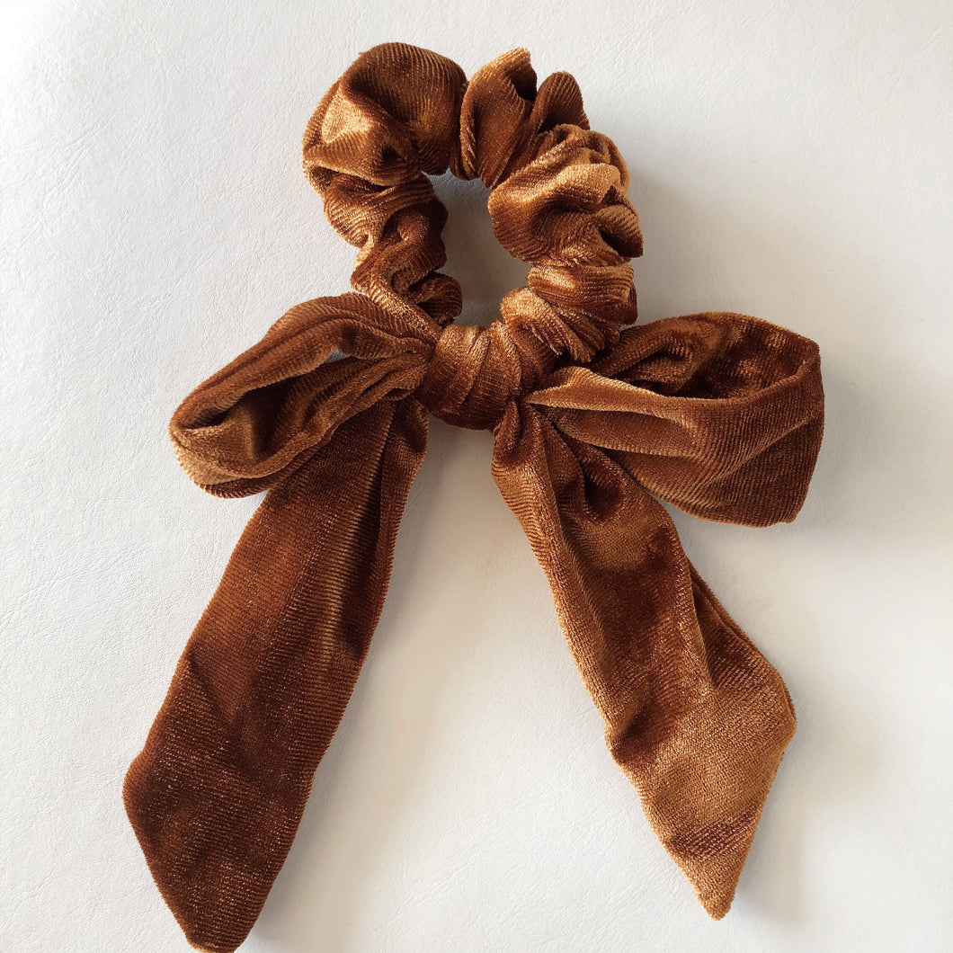 Parker Bow Scrunchie- Coffee