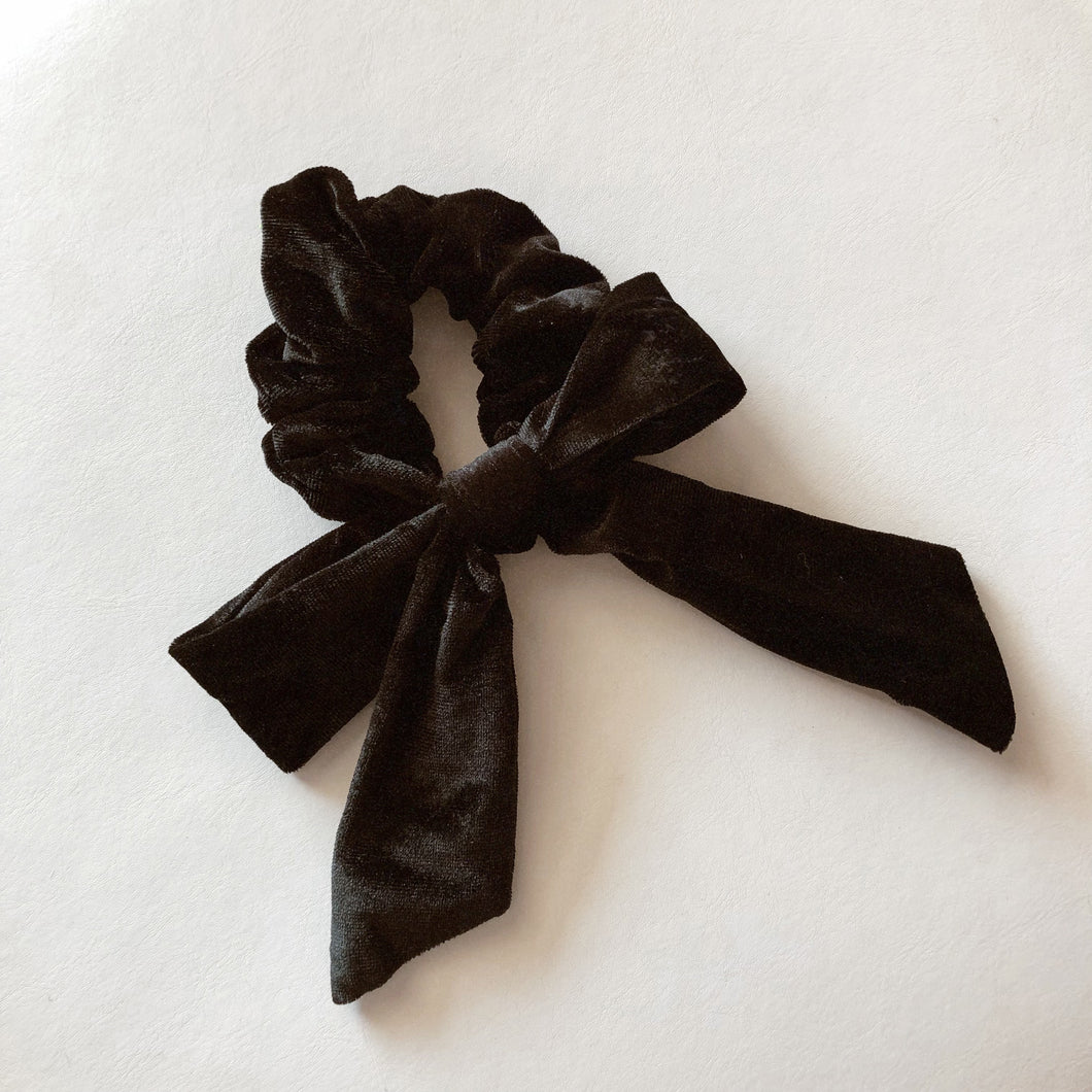 Parker Bow Scrunchie- Black Velvet