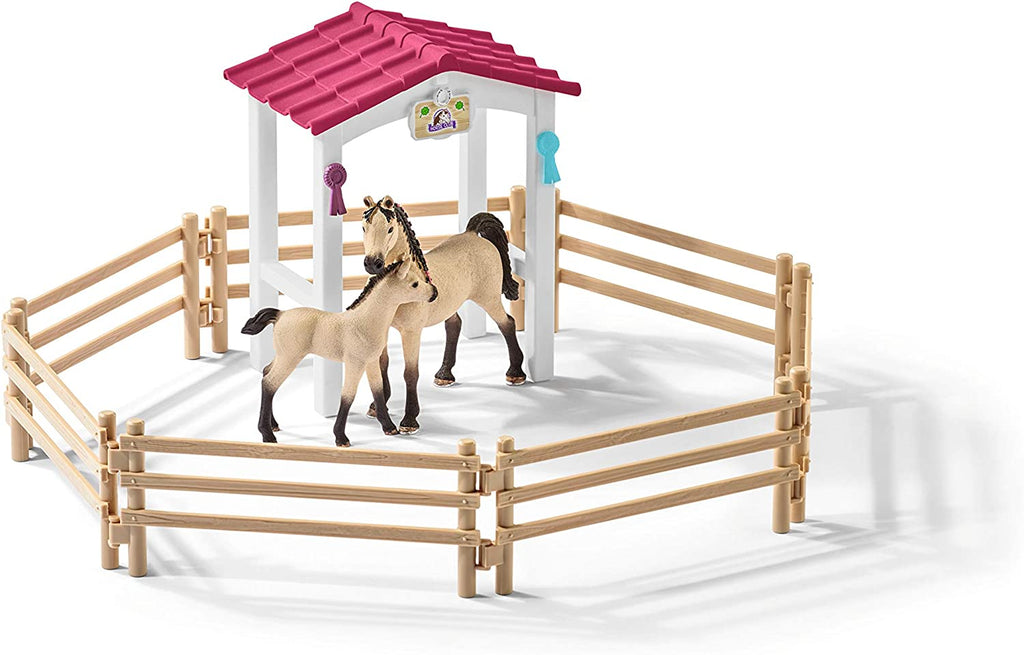 Schleich Horse Stall with Arab Horses and Groom Playset