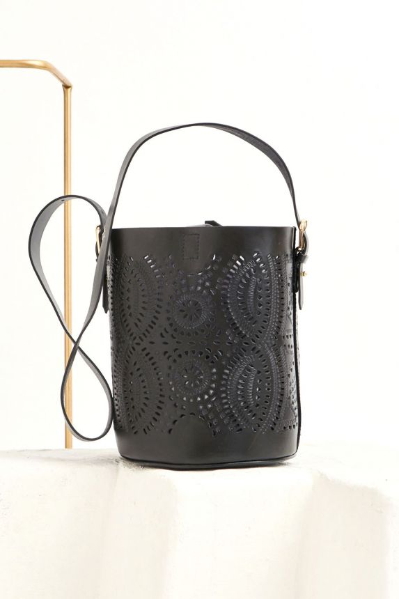 KAILO OPENWORK LEATHER BUCKET BAG
