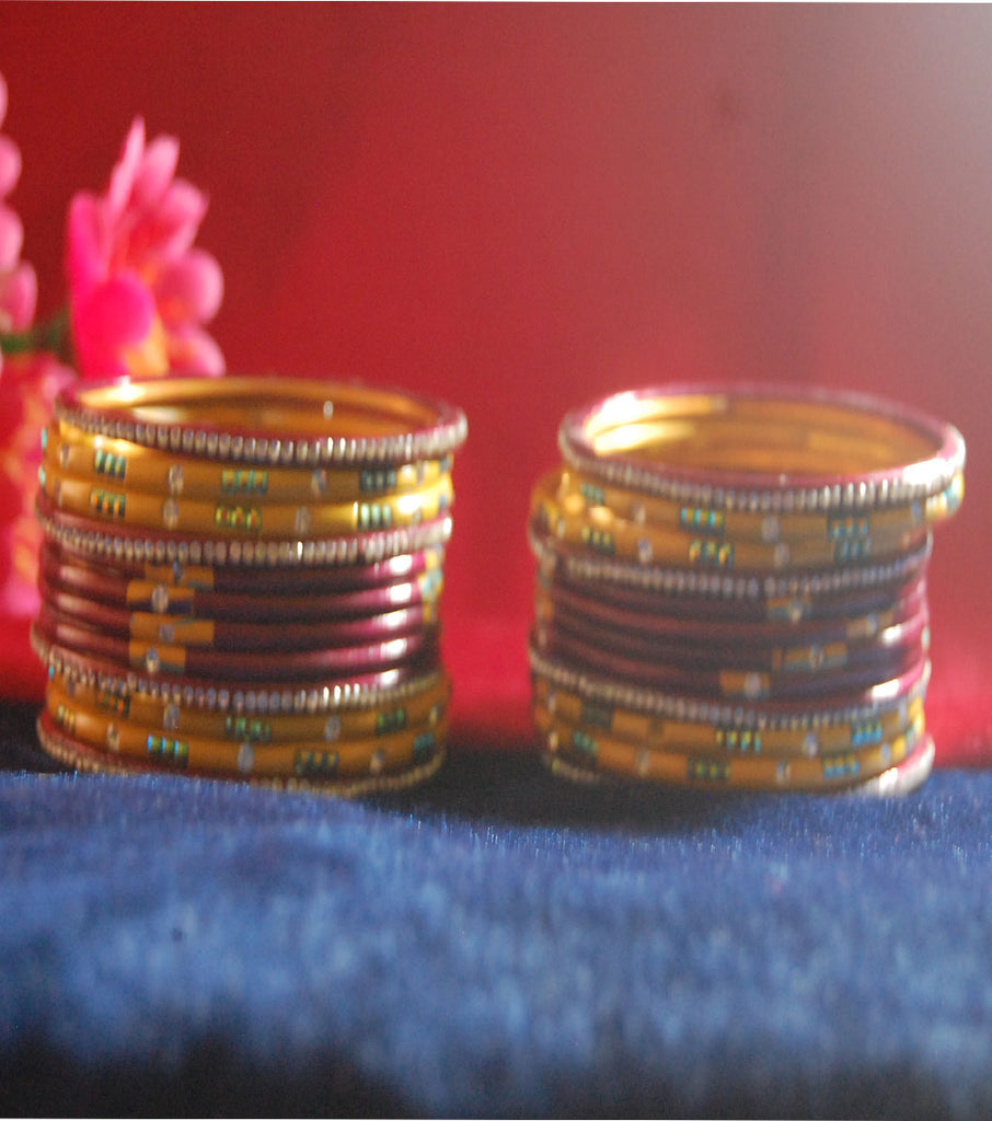 Maroon and yellow coloured lac bangle