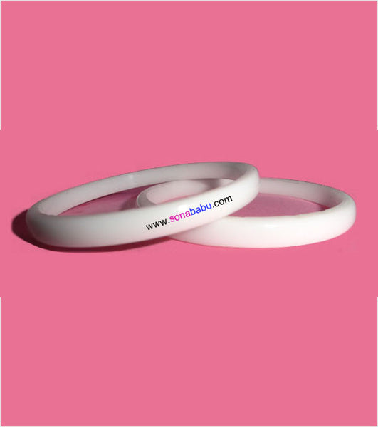 White plain fiber trendy bangle set of 2