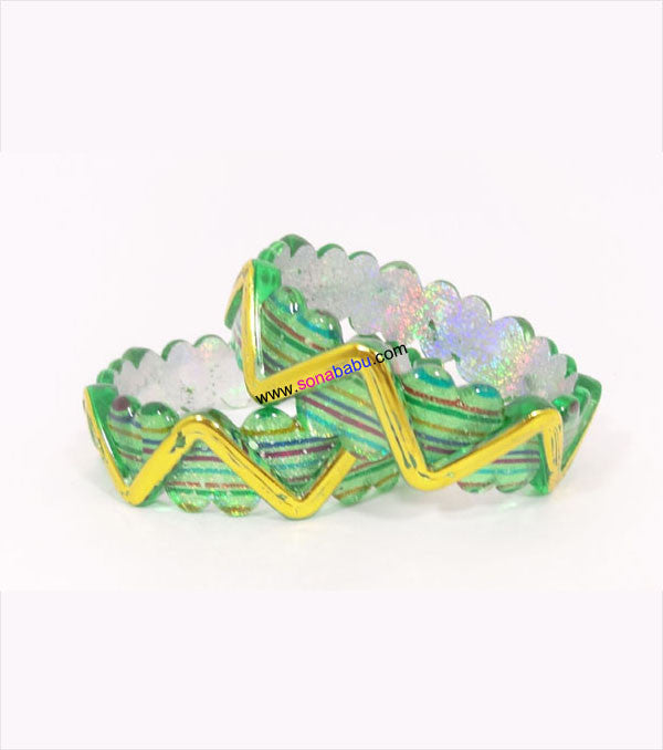 Green zig zag designed kids bangle set of 2