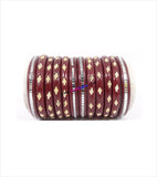 Maroon coloured lac bangle with bindi design
