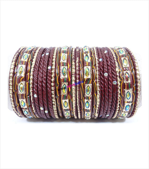 Dark maroon lac bangle with screw design and toned with glittering