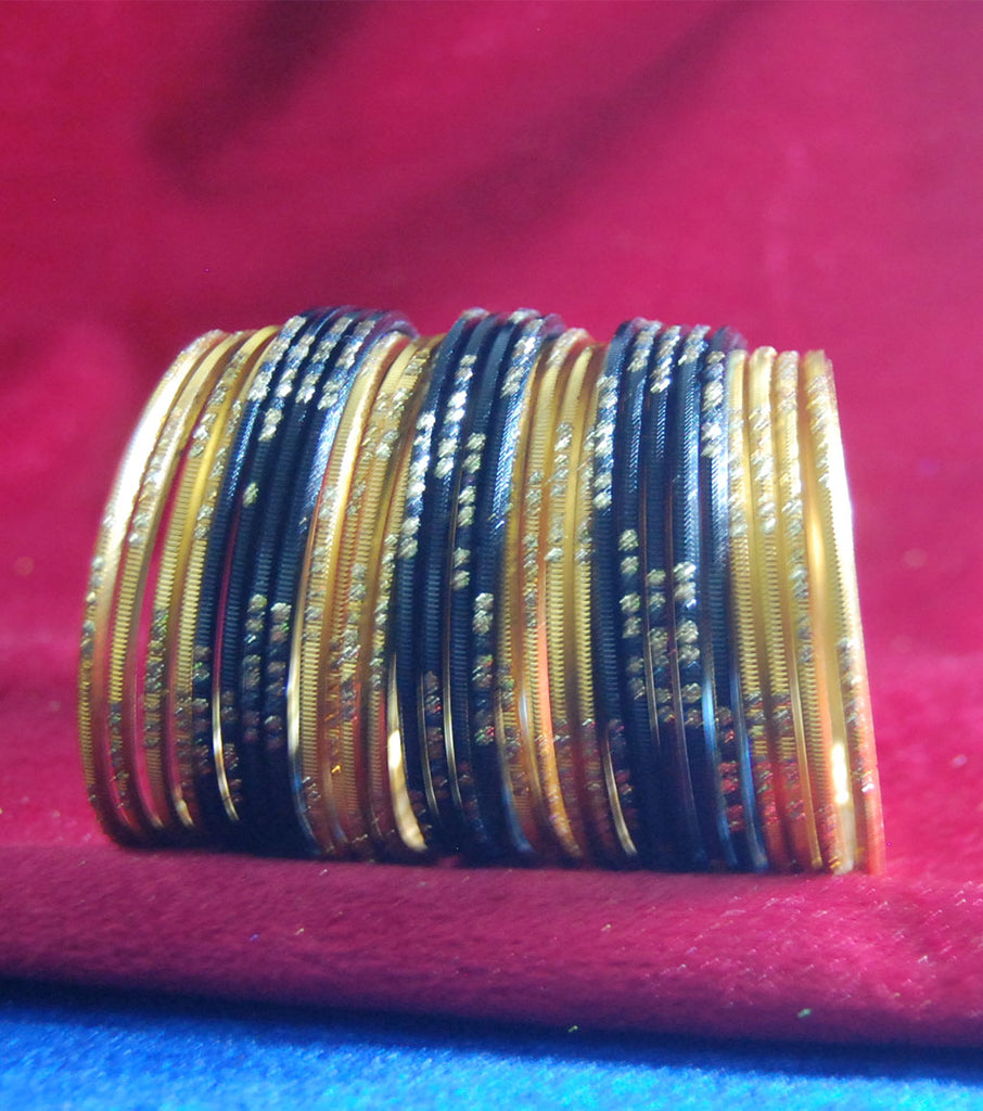 Metal bangles with full work set of 40