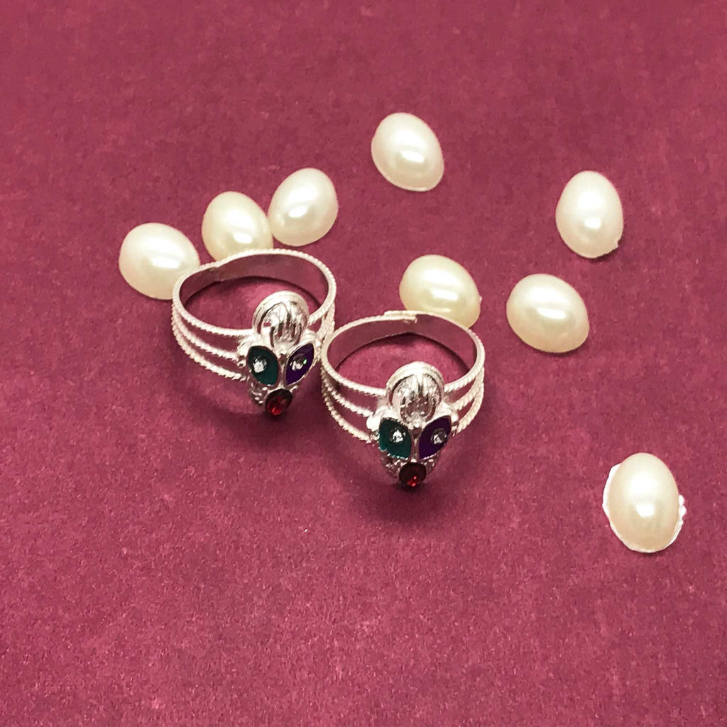 Toe Rings with beautiful design and colors