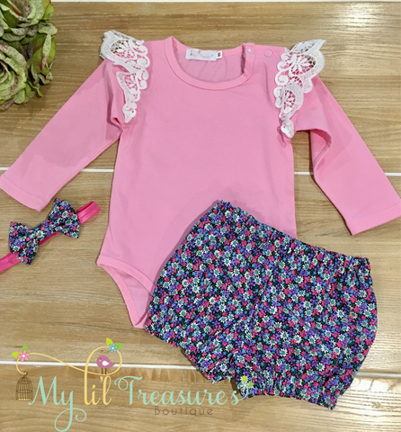 Flutter Sleeve Romper, Nappy Cover and Bow