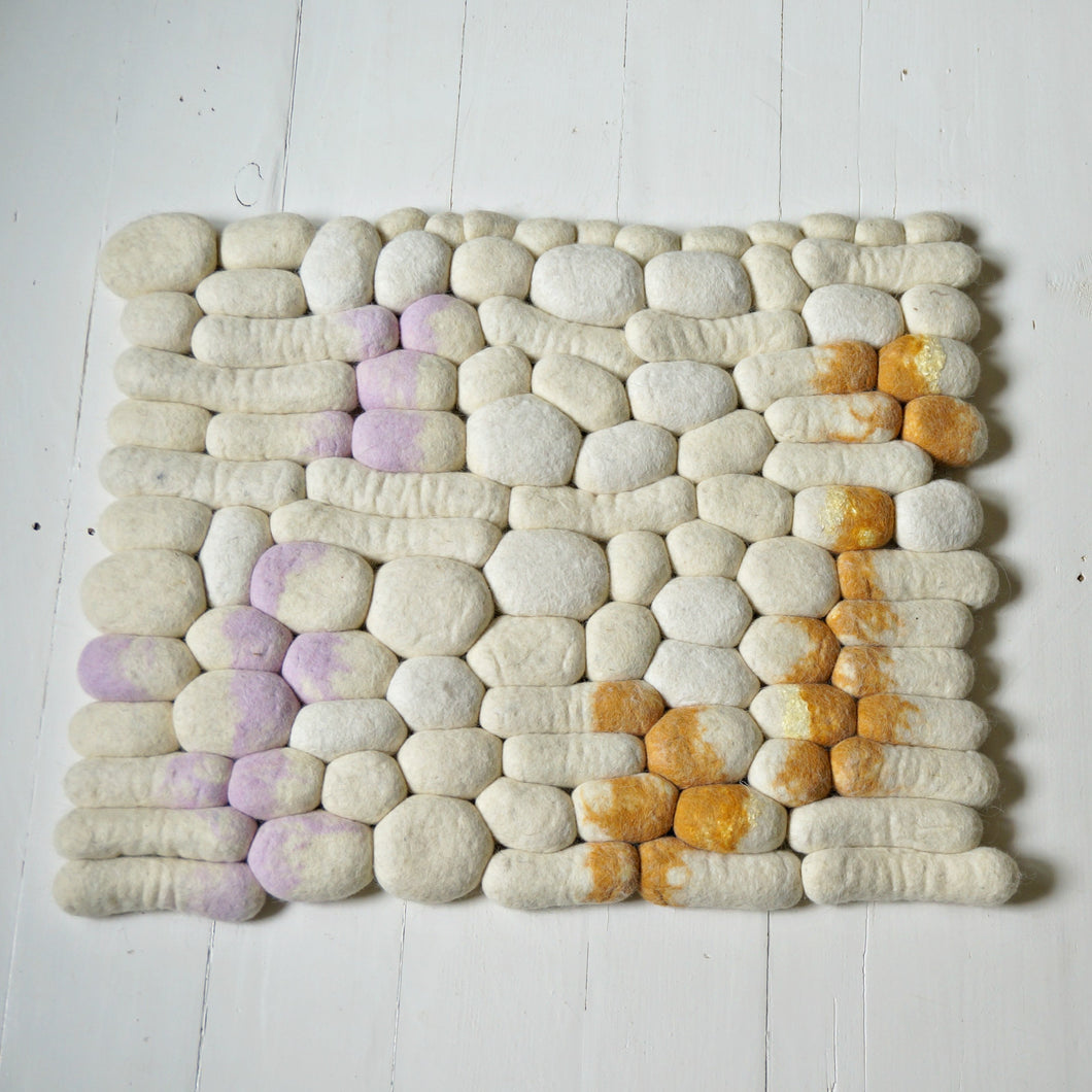 White wool rock rug