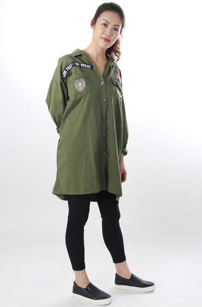 Cargo green oversize top with sewn on patches