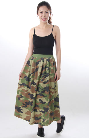 Camouflage print maxi skirt