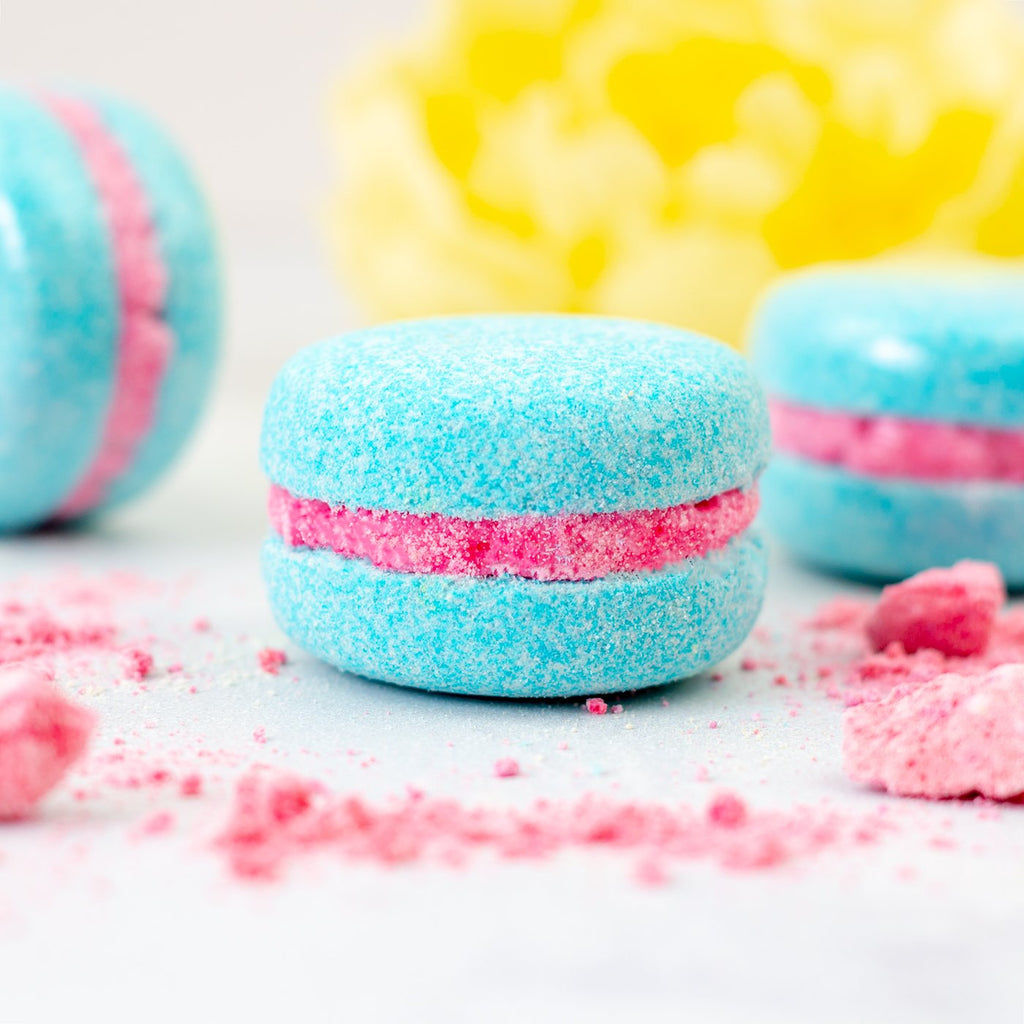 BUBBLEGUM BATH MACARON BY SOAP AND SOUL
