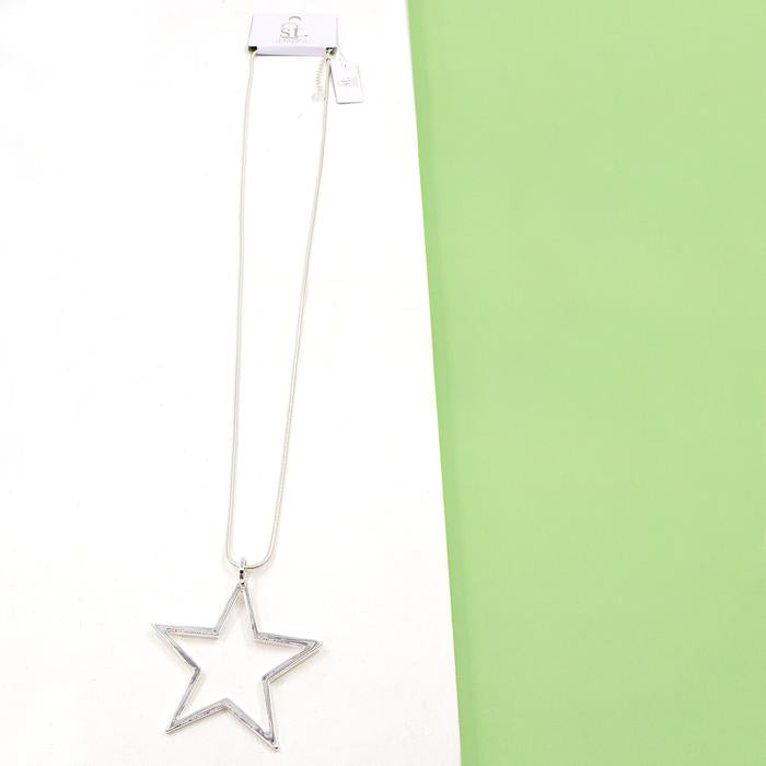 OPEN STAR PENDANT ON LONG SNAKE CHAIN NECKLACE