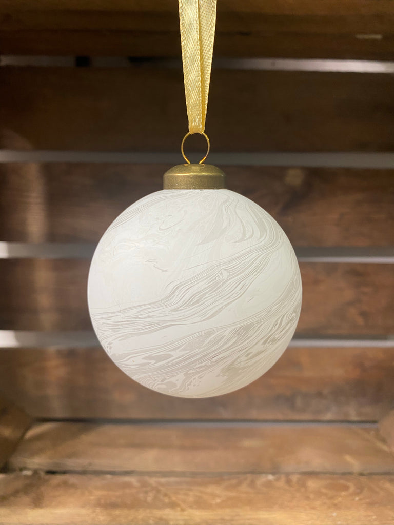 PERSONALISED WHITE MARBLE GLITTER CHRISTMAS BAUBLE