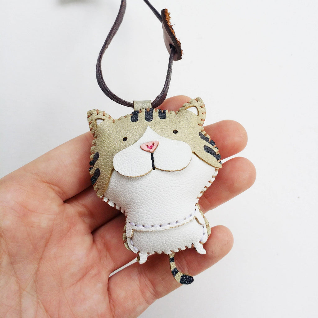 Tabby Cat Leather charm - PT035