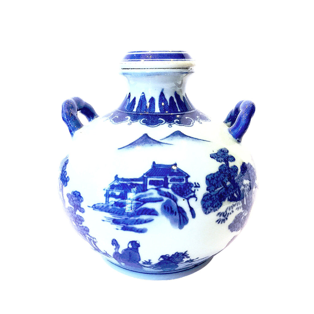 Blue & White Chinese Painting Vase with Cover